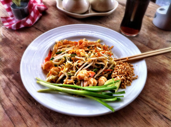 SHRIMP PAD THAI : PHOTO