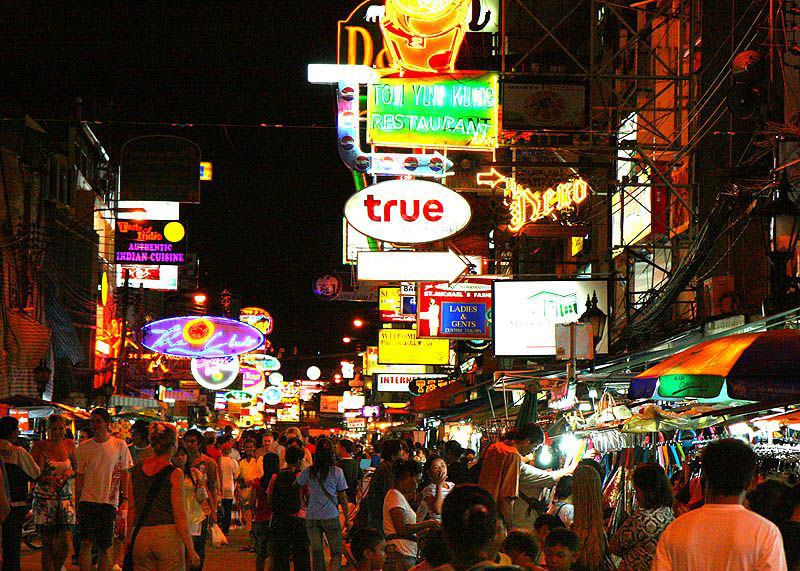 DESTINATION : Khaosan Road