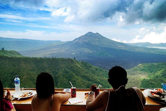 DESTINATION : Uluwatu, Bali