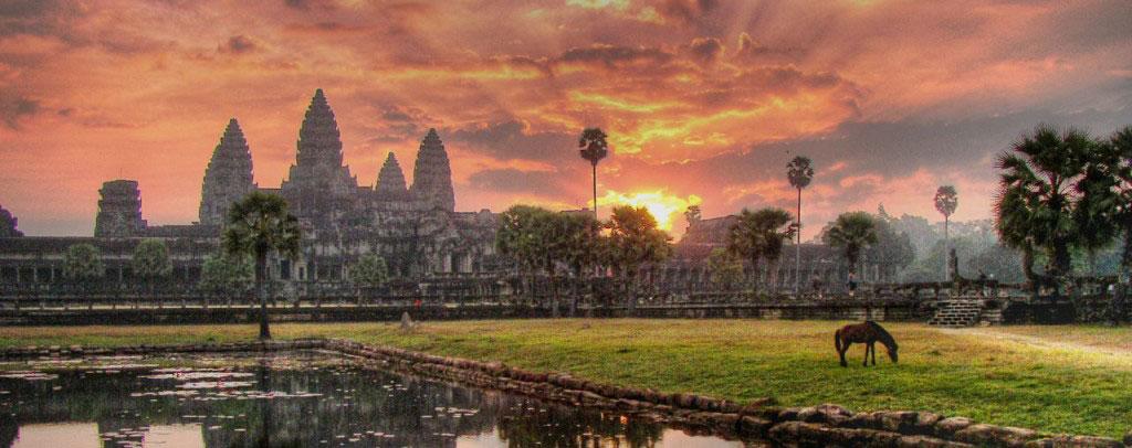 Angkor Wat Temple Vagabonding