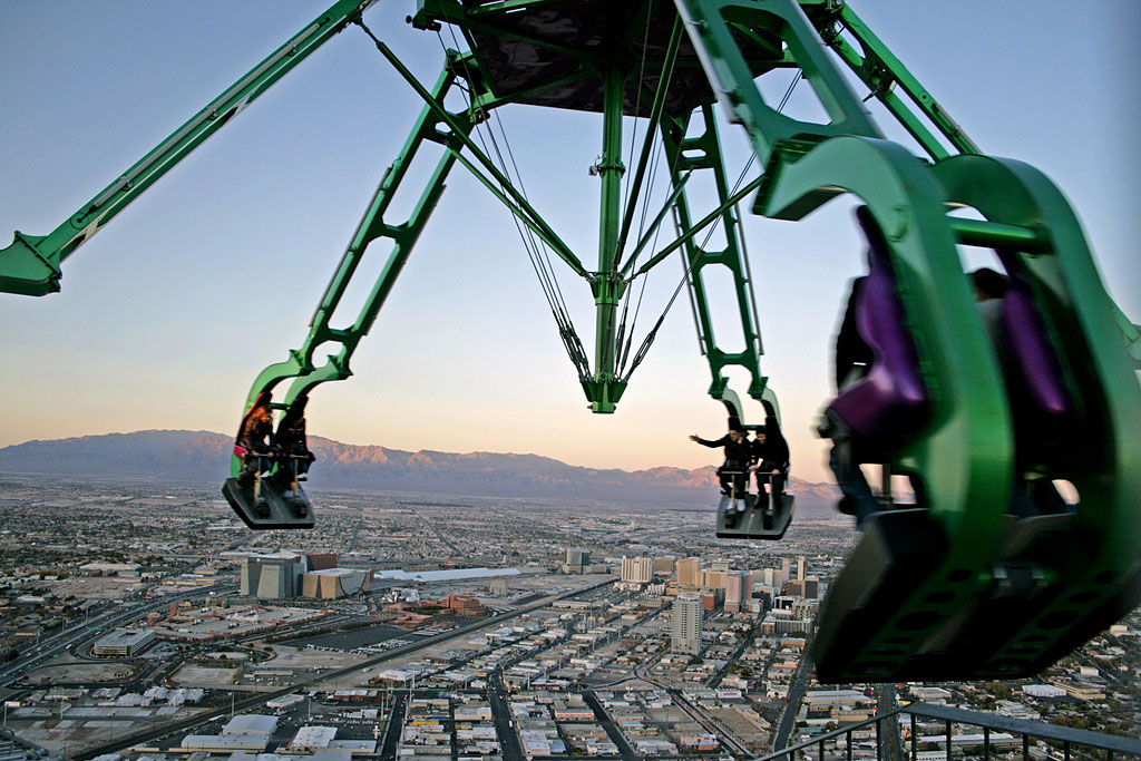 DESTINATION : Stratosphere Tower Rooftop