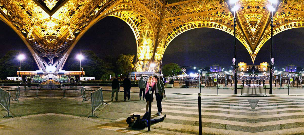 Cliché But Forever Romantic Places in Paris to Experience