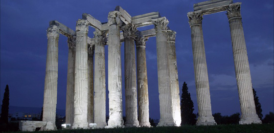 Travel to the Temple of Olympian Zeus, Greece