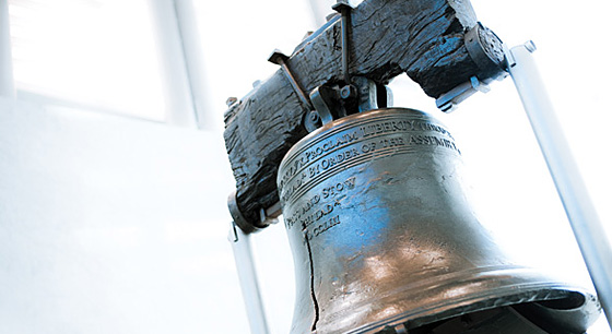Travel to the Liberty Bell in Philadelphia