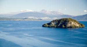 Backpacking Lake Taupo