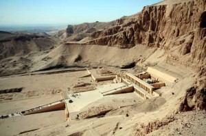 Backpacking travel Valley of the Kings, Egypt