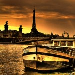 Romantic Paris by Boat