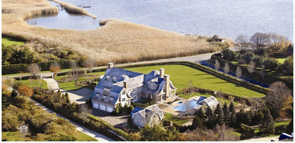 J Lo's Mansion in the Hamptons