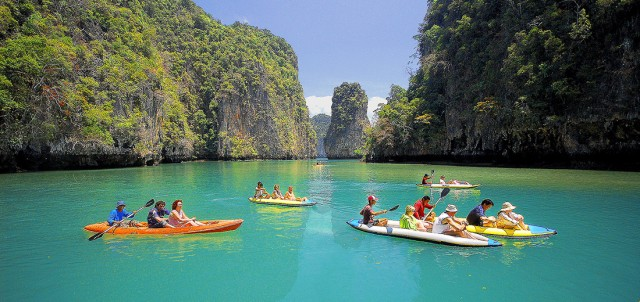Koh Phu Phi, Maya Bay, Thailand - Backpacking Travel
