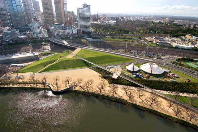 Birrarung Marr Park, Melbourne, Australia - Backpacking Travel