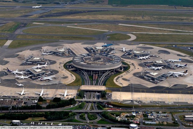 Worst Airports in The World: Paris-Charles de Gaulle Airport