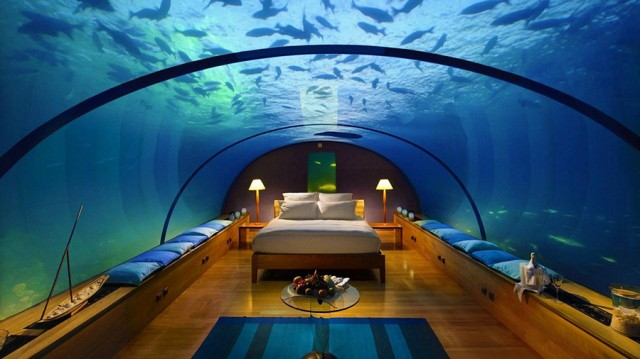 Backpacking Adventure Travel to the Poseidon Undersea Resort in Fiji