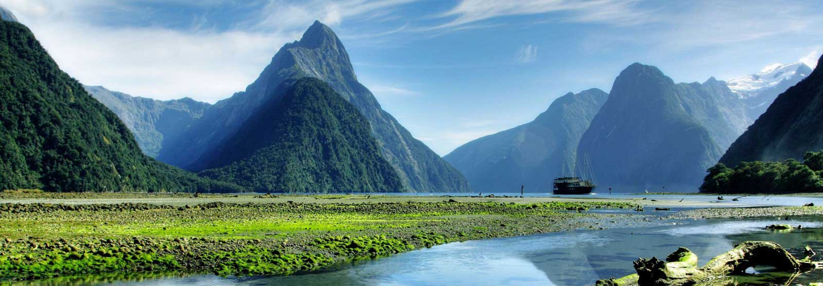 Explore Milford Sound On Your New Zealand Backpacking Odyssey