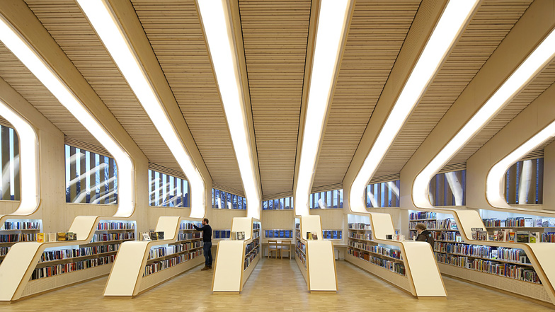 Top 5 Most Incredible Libraries Around The World